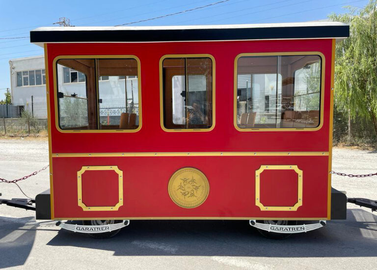 outdoor electric train